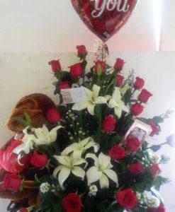 24 Rosas con Lilys, Peluche y Globo - Flores, Florería, Floristería