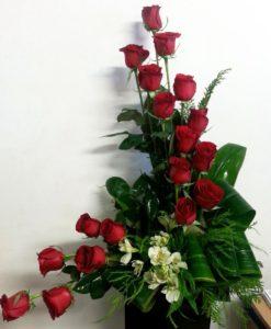 18 Rosas con Alstroemeria - Flores, Florería, Floristería