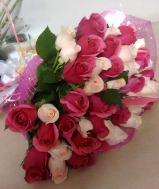 Buque con 50 Rosas - Flores, Florería, Floristería