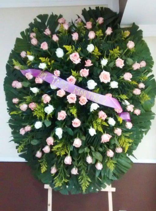 Corona de Rosas Blancas y Rosas - Flores, Florería, Floristería