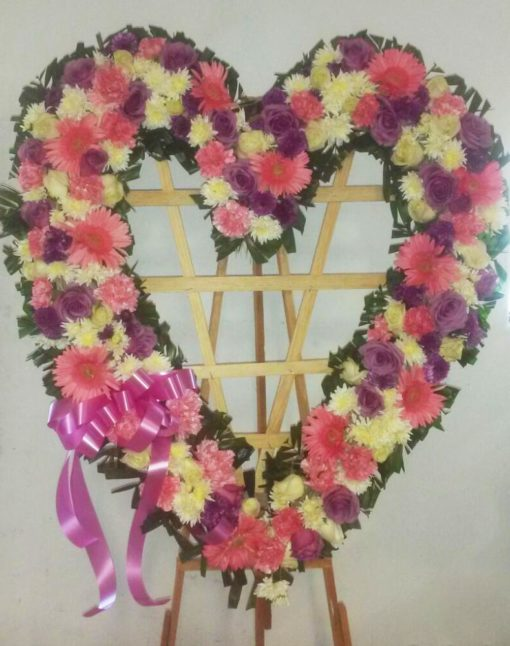 Corona de Corazón - Flores, Florería, Floristería