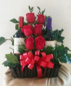 6 Rosas y 2 Botellas de Vino - Flores, Florería, Floristería