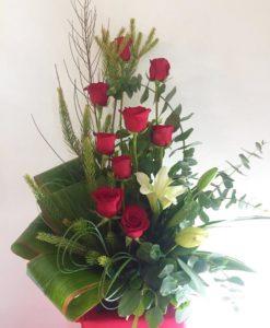 9 Rosas con 2 Lilys - Flores, Florería, Floristería