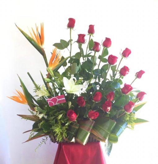 18 Rosas, Lilys y Aves - Flores, Florería, Floristería