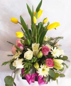 Tulipanes con Rosas y Lilis - Flores, Florería, Floristería